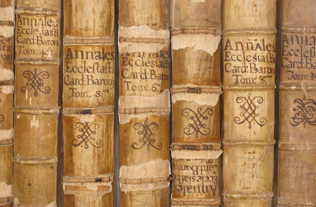 Cosa vedere a Sacile: Centro Studi Biblici - libri antichi