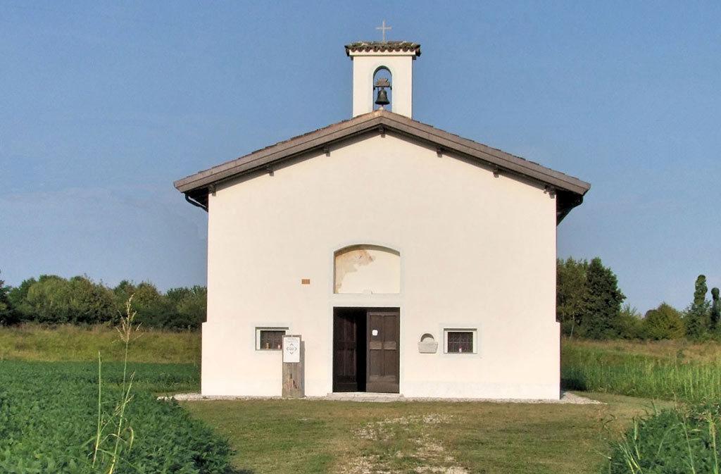 Chiese a Sacile: Chiesetta di Fossabiuba - esterno