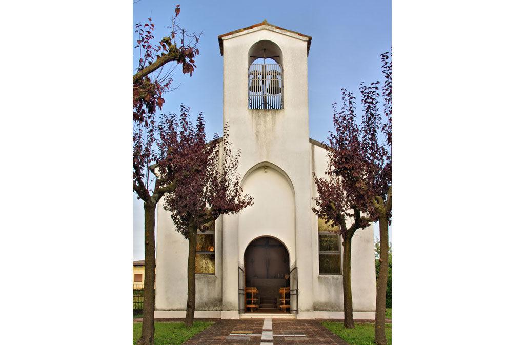 She asked Sacile: Saint Baptist Church - faded