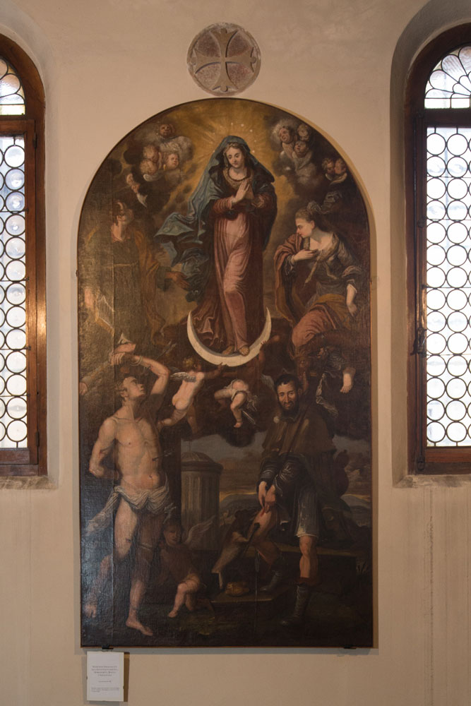 Chiese a Sacile: Duomo San Nicolò - navate - pala altare Madonna Immacolata